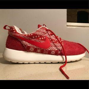 Nike Roshe One Winter Womens 8.5 Running Shoes